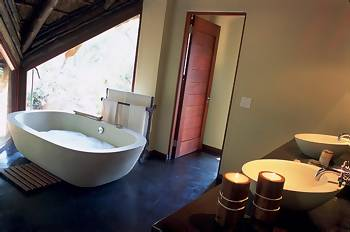 Tshwene Lodge - Welgevonden Game Reserve South Africa